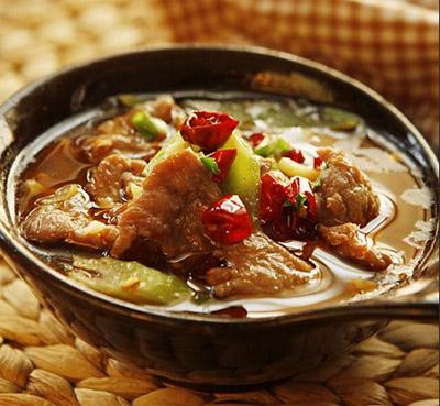 舌尖上的中华美食:台湾眷村红烧牛肉面与四川自贡盐工红烧牛肉的渊源