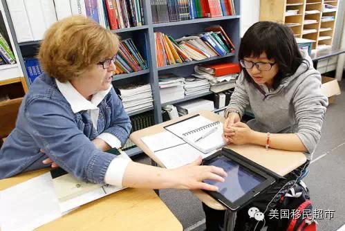 """超3万中国学生在美读高中 多来自""""三高""""家庭"""