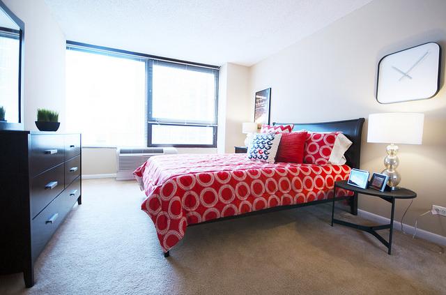 千禧公园隔壁高档公寓一室一厅9月底起转租
