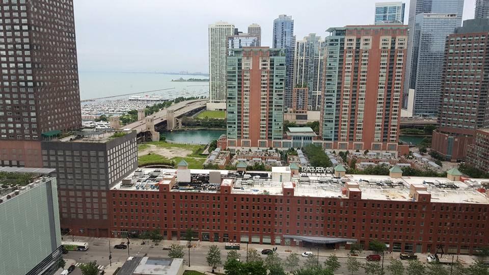 芝加哥 密歇根大道 湖景房转租 5月-6月底 拎包