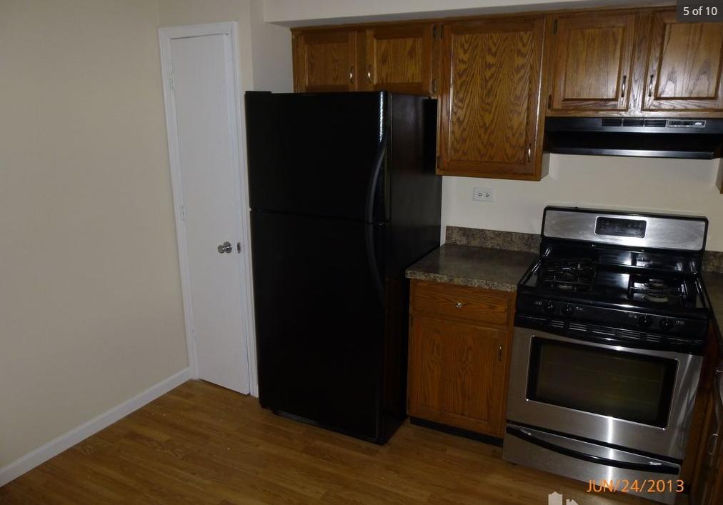 芝加哥西郊Glendale Heights 2B2.5B TOWNHOUSE 两月短租