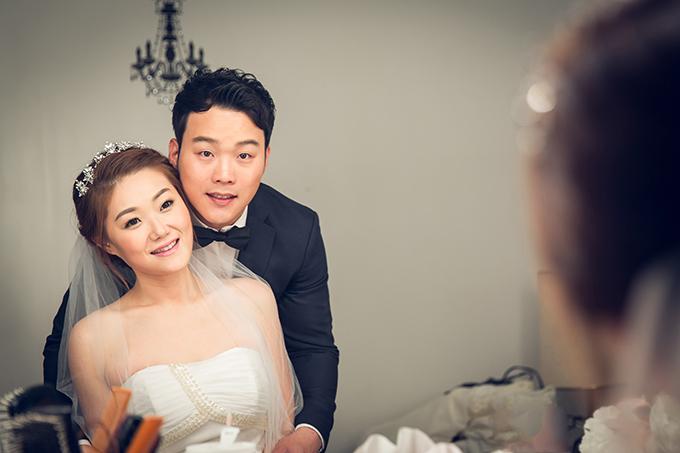 幸福婚纱:为浪漫新年剪彩,室内婚纱摄影新年优惠