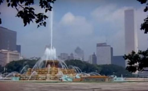 白金汉喷泉恢复喷水,芝加哥旅游旺季即将到来